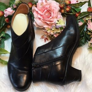Earth Spirit Ankle Booties 2.5 Heel Leather Upper